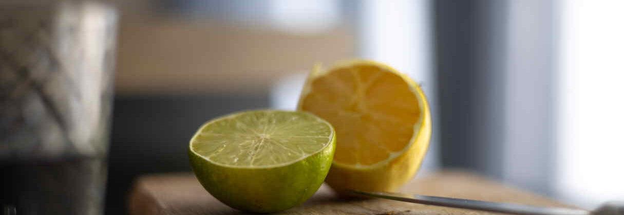 Jak pozbyć się muszek owocówek z kuchni